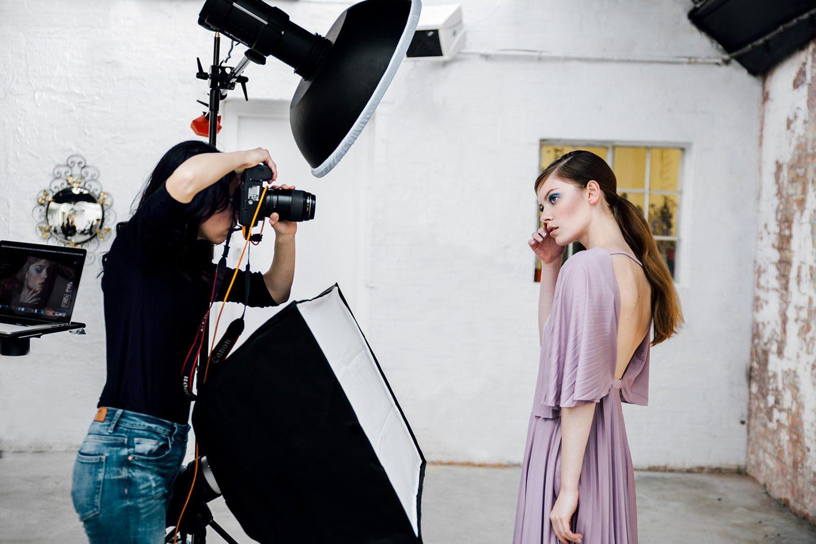 того, категорически фотографы работающие со звездами девушки женщины буквальном